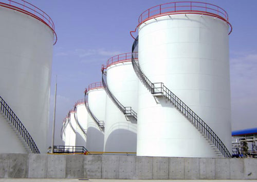 Risks Associated With Oil And Gas Storage Tanks